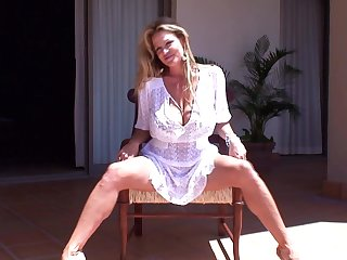 Kelly Madison takes off her briefs be proper of a masturbation game