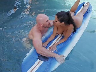 Great unify fuck with someone's skin surfing trainer be required of busty Lela Star