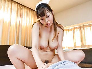 Rion Nishikawa is screaming - More at javhd.net