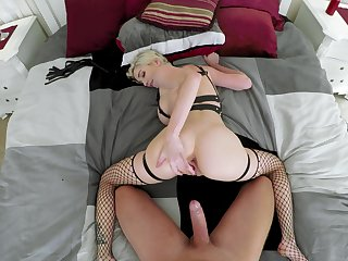 Doggy perfection with a MILF who's ass is perfect
