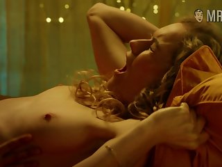 Versatile slender actress Keira Knightley definitely loves doing bed scenes