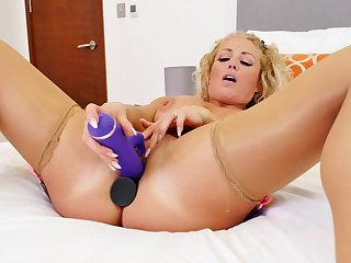 Handsome blonde Rebecca Jane Smyth drills her pussy and ass
