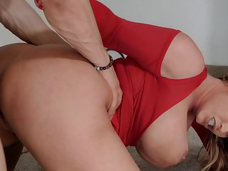 Melancholy lady Eva Notty gets fucked beyond gain by Bambino