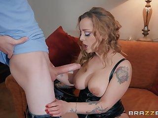 Blonde whore in leather underwear Liza Del Sierra gets cum on boobs