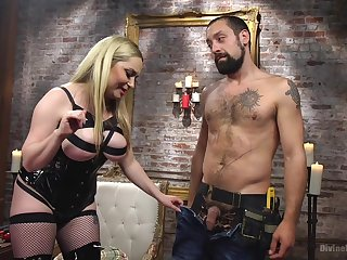 dominant and busty Aiden Starr wants to punish her friend with hard sex